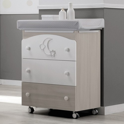 Moon changing chest of drawers with a bath